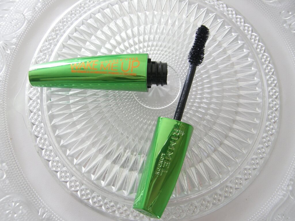 Review - Rimmel Wake Me Up Mascara Mindandbeauty.nl
