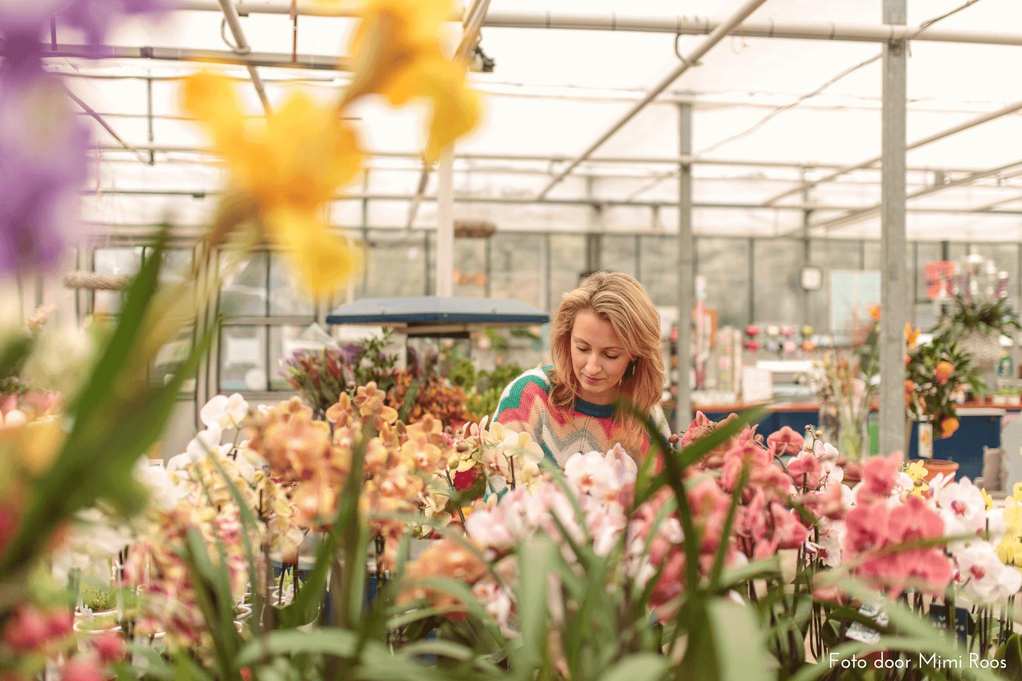 Amanda de Bruin Wiegman blogger mindandbeauty.nl bij De Proeftuin met orchideeën